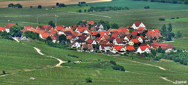 Dieffenthal small alsatian village in France